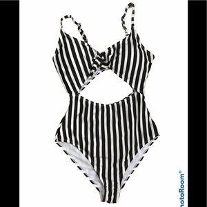 NWOT Arizona Cutout One Piece Swimsuit Sz M